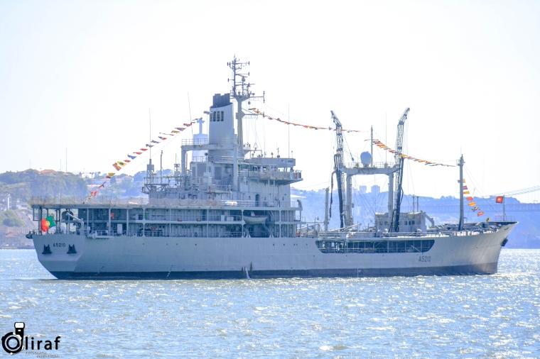 NRP Reabastecedor Bérrio (A5210)